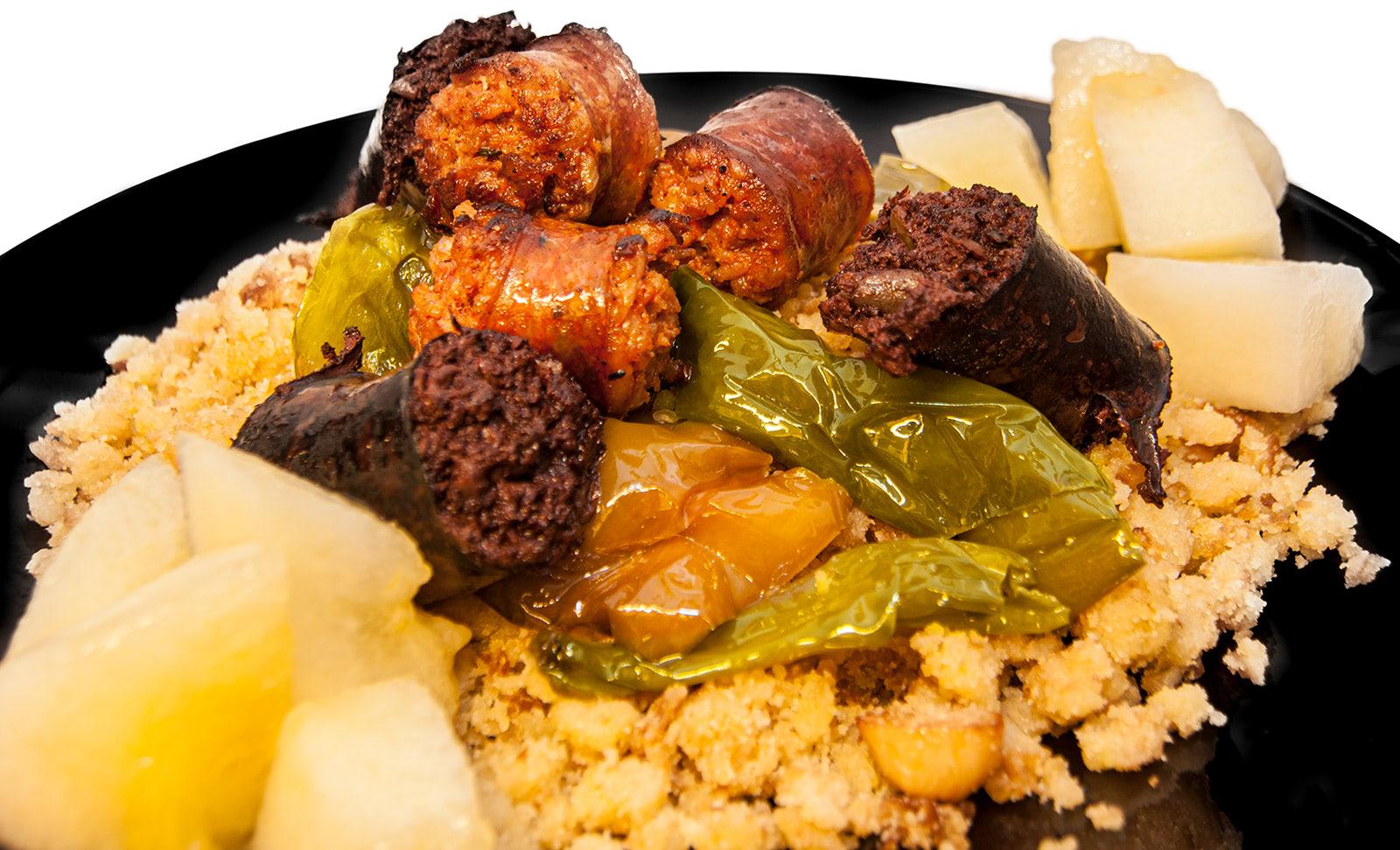 migas caseras receta milenaria monte velez. Restaurante Asador Monte Vélez en Huetor Vega Granada. Cocina tradicional en barbacoa